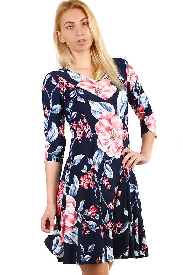 c7cb33e5af0 Dámské květované šaty s 3 4 rukávem i nadměrná velikost