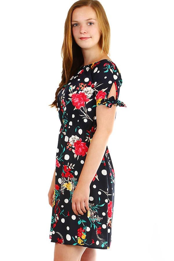 Může se Vám také líbit. Áčkové dámské retro šaty s květinovým potiskem 0161feac08